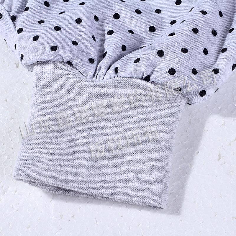 分腿睡袋单特写-换尿布口3